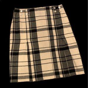 Ninety Plaid Skirt Size 8